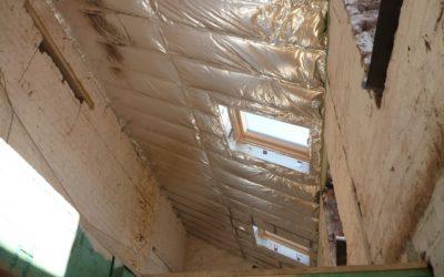 Isolation des toitures à versants : par l'intérieur ou l'extérieur ? Cas de figure