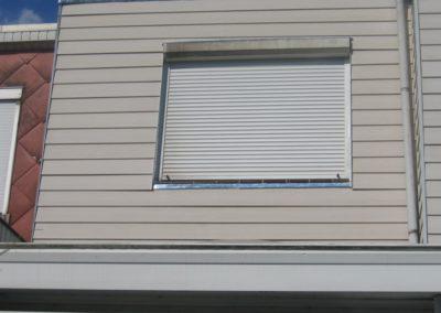 Bardage autour d'une fenêtre